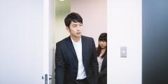 AL005_kaigishitunihairudanjyo20140830500